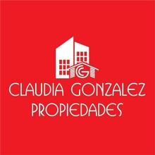 portadaClaudia Gonzalez