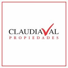 Logotipo de Claudia Val Propiedades