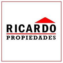 Logotipo de Ricardo Propiedades