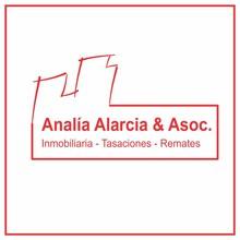 Logotipo de Analía Alarcia & Asoc.